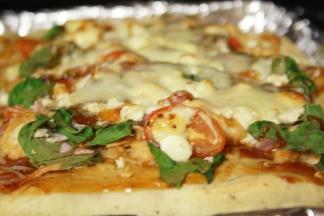 Chicken_Baby Spinach_a_Fetta_pizza_1